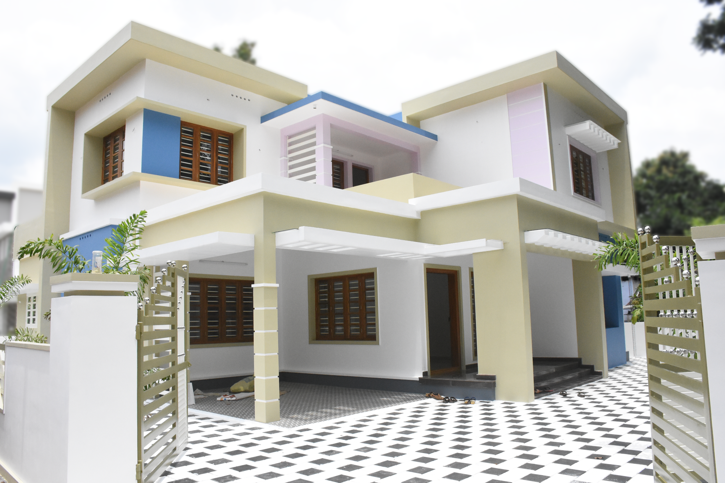 angamaly 8 cents plot and 2800 sq ft luxury house sold - House Models Pictures