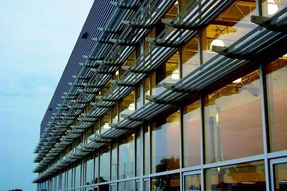Sunshade Architecture Google Search Aluminum Awnings Architecture Skyscraper