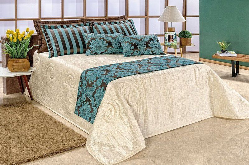 28af5fe5f7 Sua casa muito mais chique e elegante com a maravilhosa Colcha Cobre Leito  Casal Queen Viena + Porta Travesseiro + Almofada + Xale - 06 Peças!