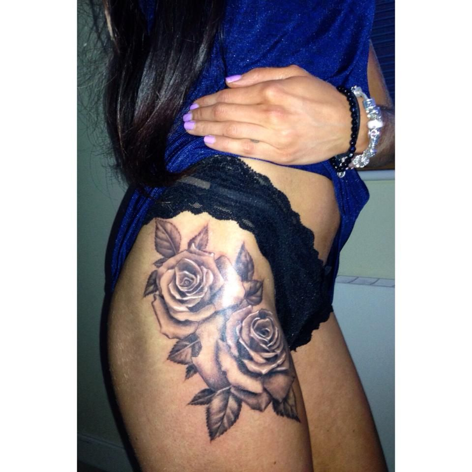 My rose thigh tattoo | Tattoos | Pinterest | Rose thigh tattoos ...
