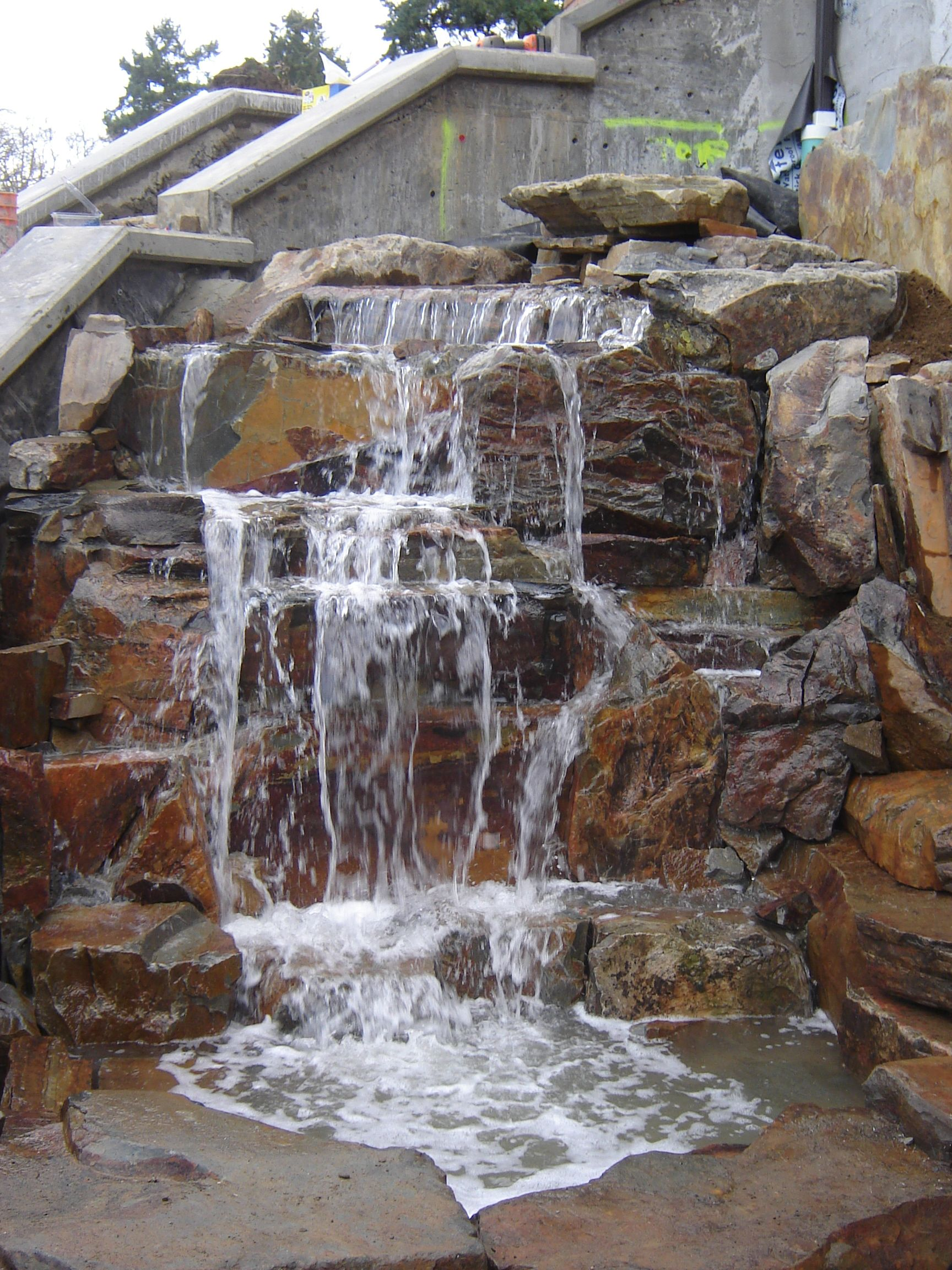 Entry Waterfall Bellevue Wa With Images Stone Water Features