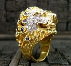 Gold Lion Ring Diamond Eyes
