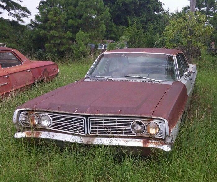 Rusty 4Door Ford Found Near Heber Springs, Arkansas