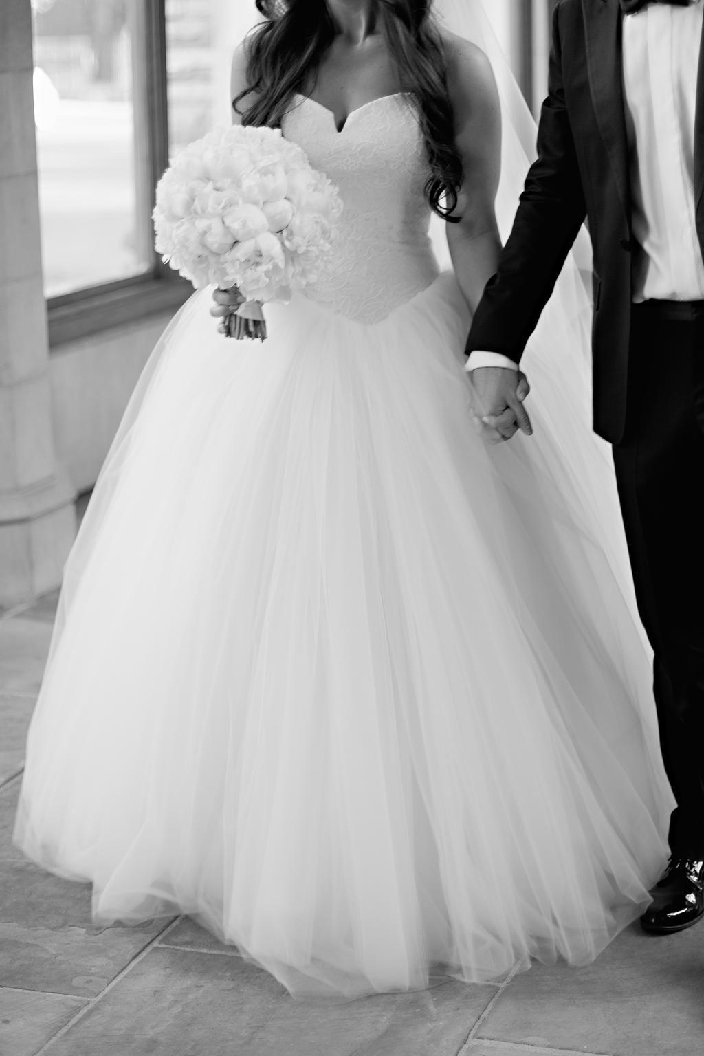 eb415d0c1f4d Vera Wang Bride Wars Wedding Dress | Used, Size: 10, $3,999 in 2019 ...