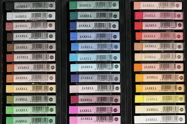 Peter van Ginkel - Jaxell set zachte pastel - Grote carrévormige pastels die iets harder zijn dan de meeste merken soft pastels. Door zijn vorm uitermate geschikt...