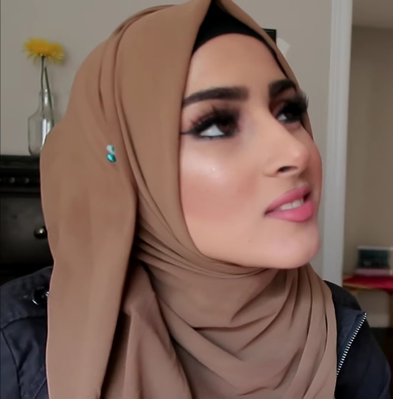 Queen Frooggggyyyy Innocent Beautiful Hijab Hijabster