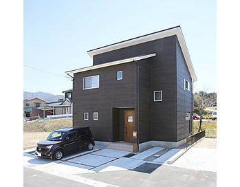 優しい色合いで統一されたナチュラルモダンのお家 愛知県額田郡の住宅