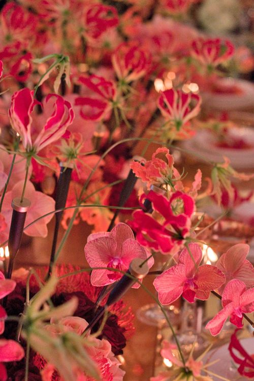 Beautiful wedding flower designs by Neill Strain at Quintessentially Weddings' Atelier event | Flowerona