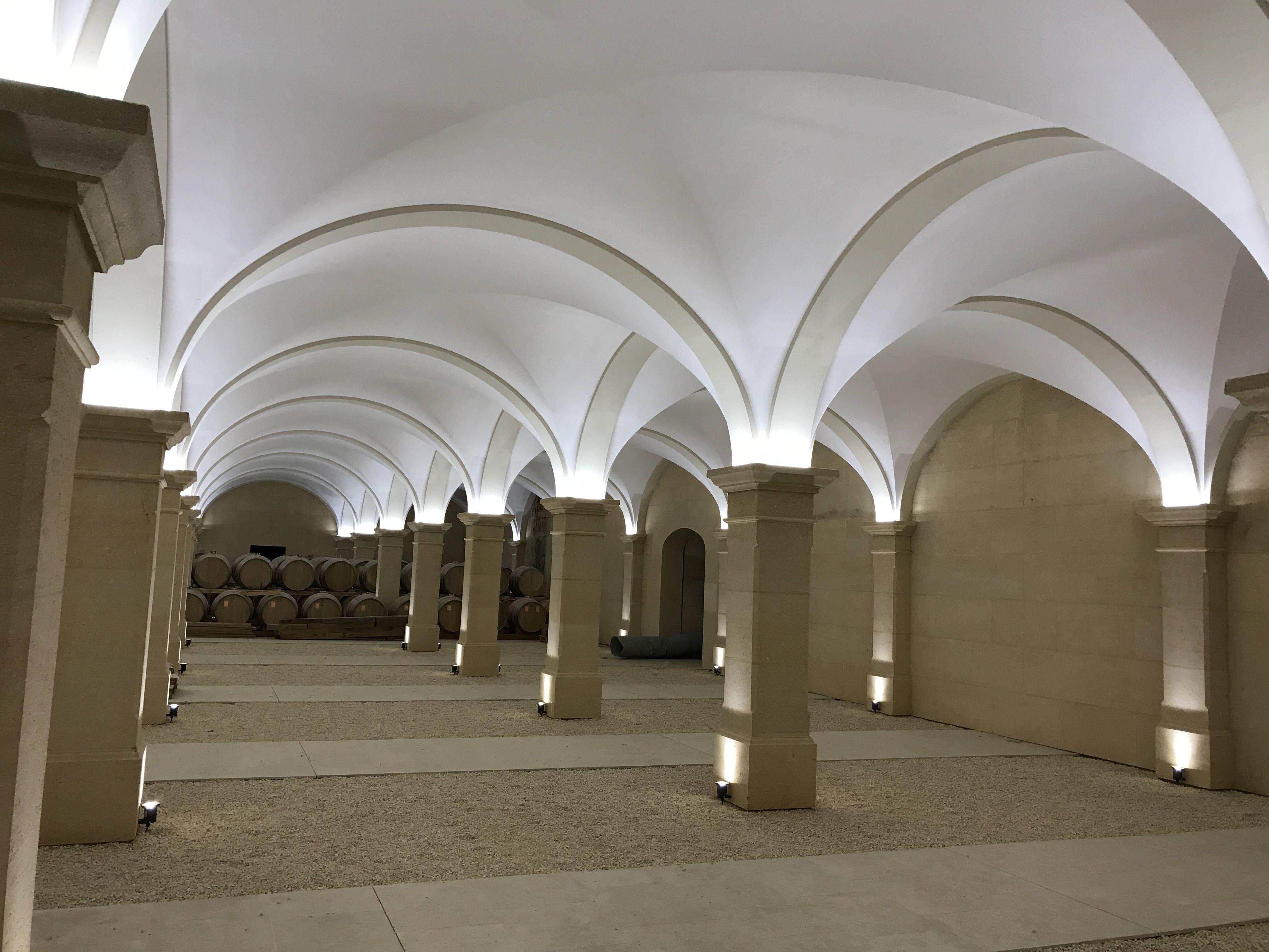Weinkeller gewölbe bauen  Weinkeller in Frankreich: Gewölbe bauen mit Beton- Fertigteilen ...