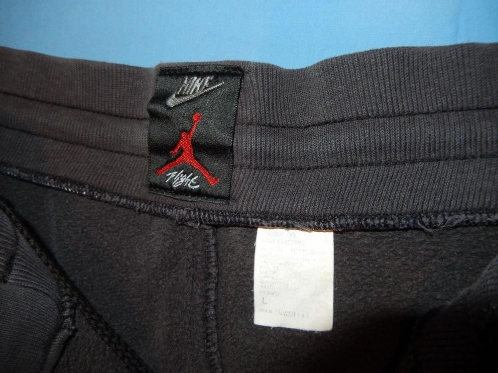f9a9ef7aa84726 Vtg 1990 s Nike Air Jordan Flight Sweatpants Large Black Red Bad Condition   Nike  Pants