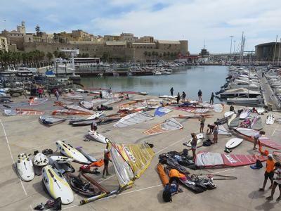 La copa de España rs:x y tecnho 293 reúne a más de cincuenta tablas en la ciudad autónoma de Melilla