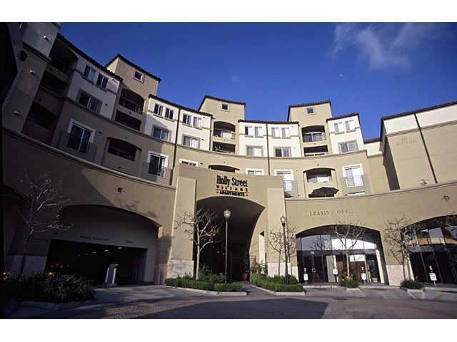 Holly Street Village Apartments Pasadena Ca Apartments Village Pasadena Apartment Finder