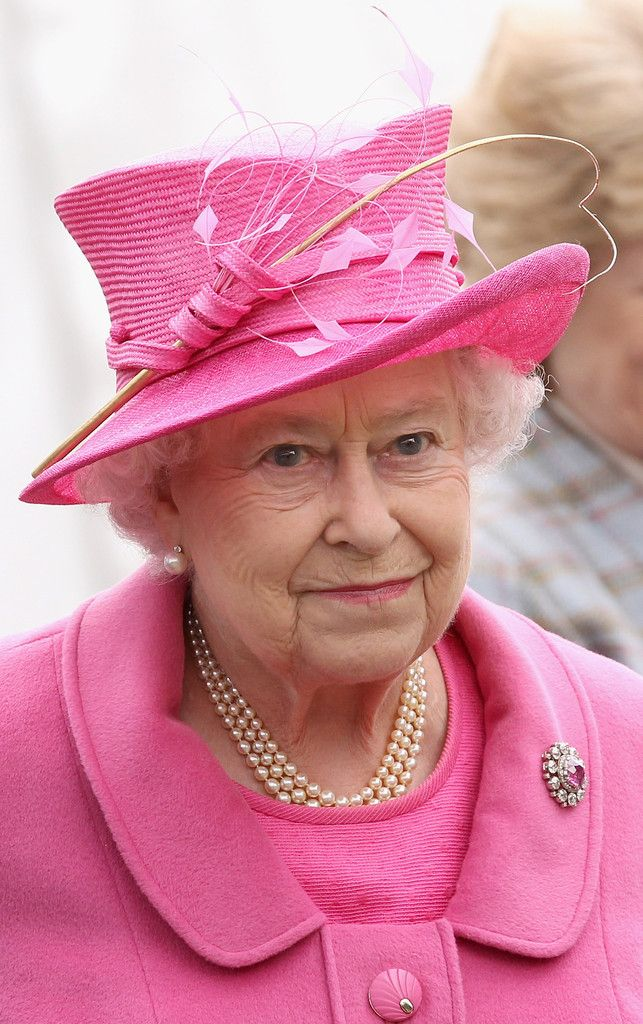Queen Elizabeth II Photos Photos: Windsor Horse Show - Day 4