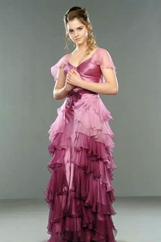 """Emma Watson in """"Harry Potter,"""" Hermione's Yule Ball Dress. Even though the book described her wearing a blue dress I think the lilac and pink suited her well <3"""