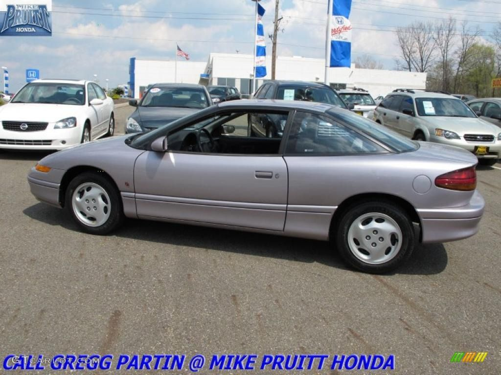 Traded My 92 Saturn Sc2 In For A 95 Version Of The Same Car My 95 Saturn Sc2 Looked Silver When I Bought It Ho Saturn S Series Cheap Cars For Sale Car Colors