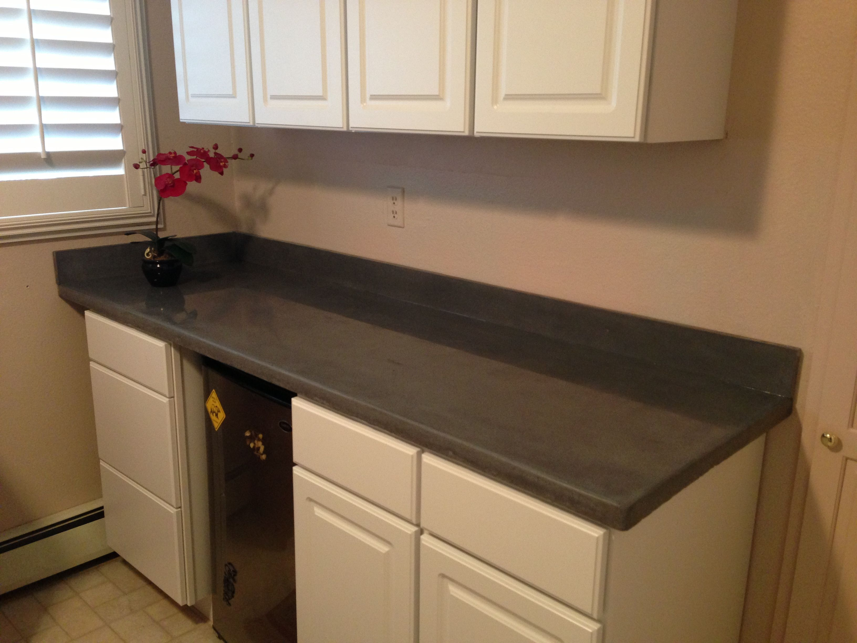 Matching Backsplash To Countertop Custom Dark Grey Concrete Countertop With A Matching 4