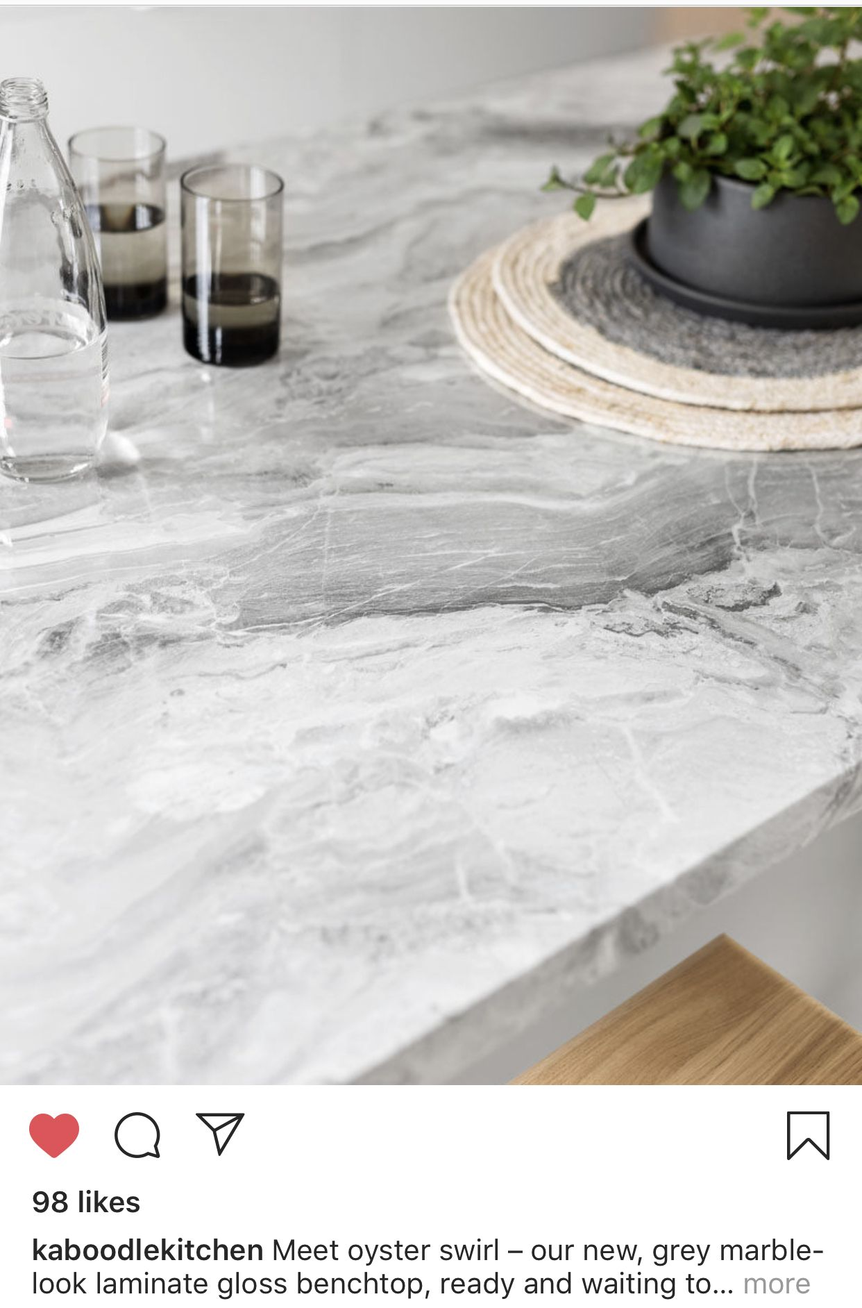 Best Kitchen Image By Madison Hope Marble Backsplash Kitchen 400 x 300