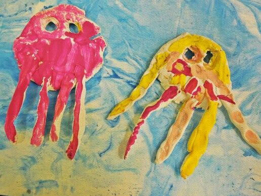 A part of my niece's jelly fish presentation! :D