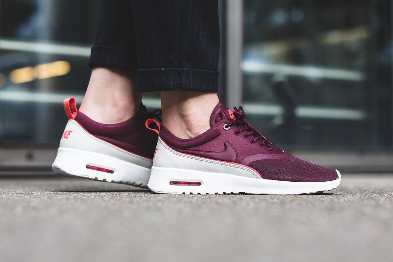 acheter en ligne 931a5 c0ad2 The Nike Air Max Thea Ultra Gets Dipped In