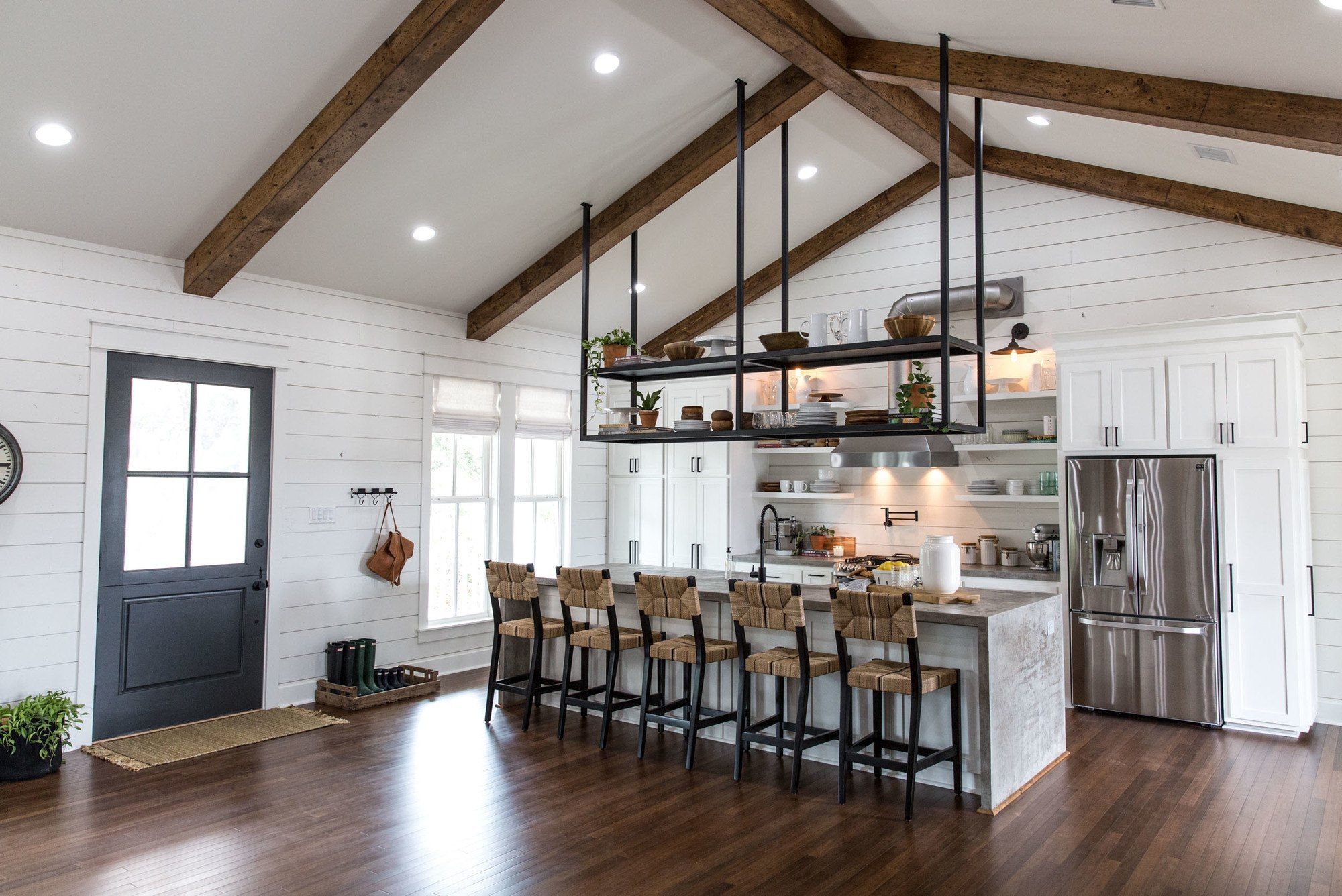 Fixer Upper Season 4 Episode 16