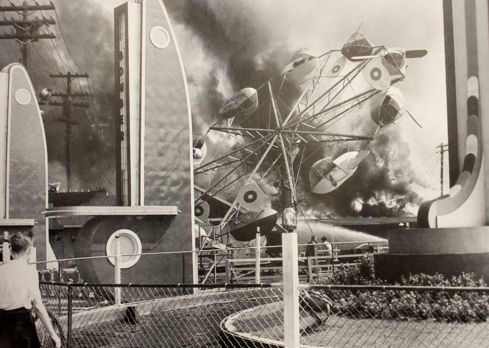 Palisades Amusement Park Fire 1944