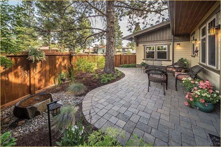 50 Stylish Small Backyard with Hardscape Ideas   Backyard ...