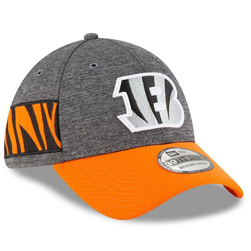 best loved fa21f 1fa8b Cincinnati Bengals New Era 2018 NFL Sideline Home Graphite 39THIRTY Flex  Hat – Heather Gray Orange
