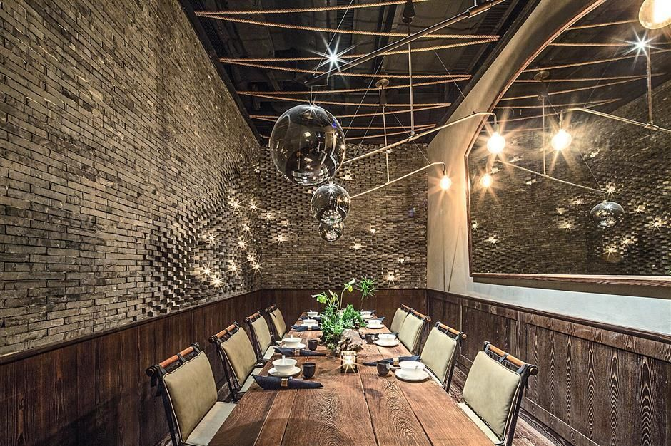 A Hong Kong Underground Restaurant Wins Worlds Best Interior Of 2014 9