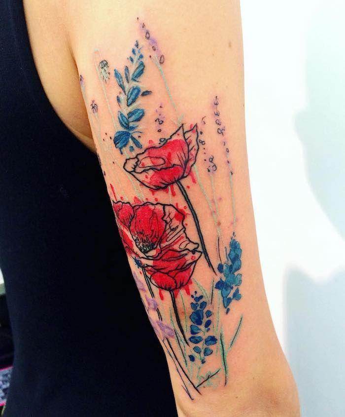 1001 blumen tattoo ideen und informationen ber ihre bedeutung mohnblumen tattoo mohnblume. Black Bedroom Furniture Sets. Home Design Ideas