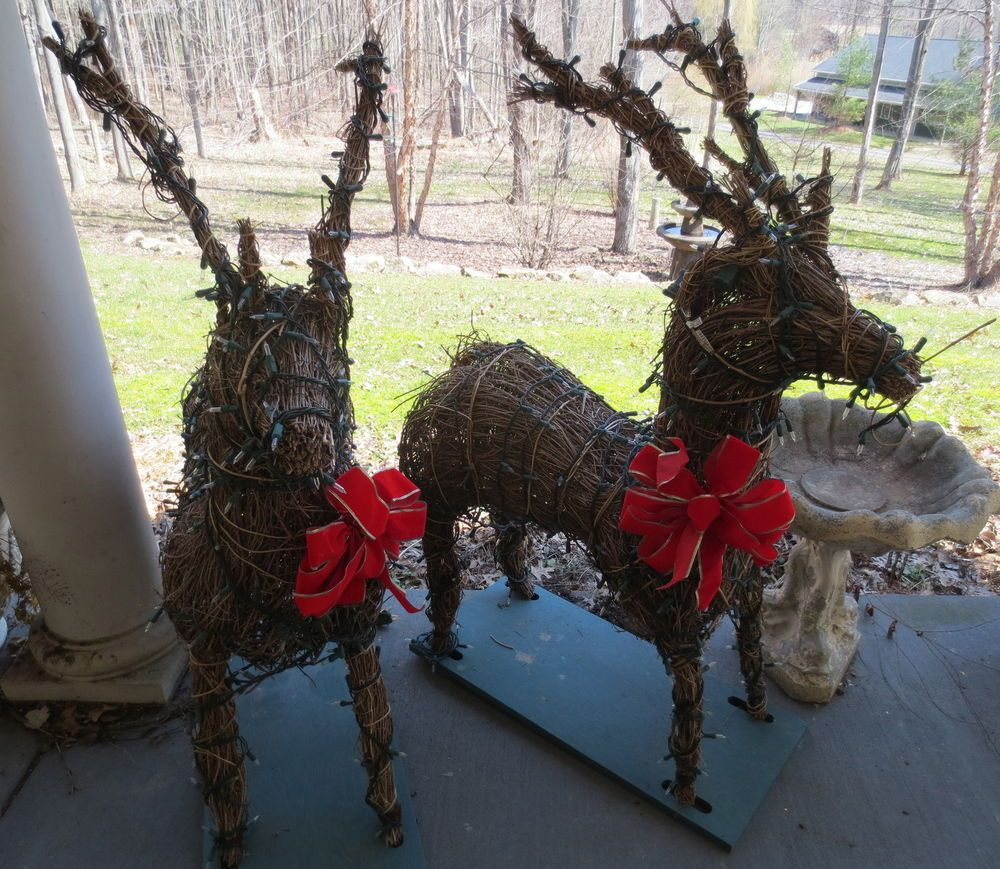 2vtg indoor outdoorlighted wicker deer reindeer xmas yard decor 2vtg indoor outdoorlighted wicker deer reindeer xmas yard decor display aloadofball Image collections