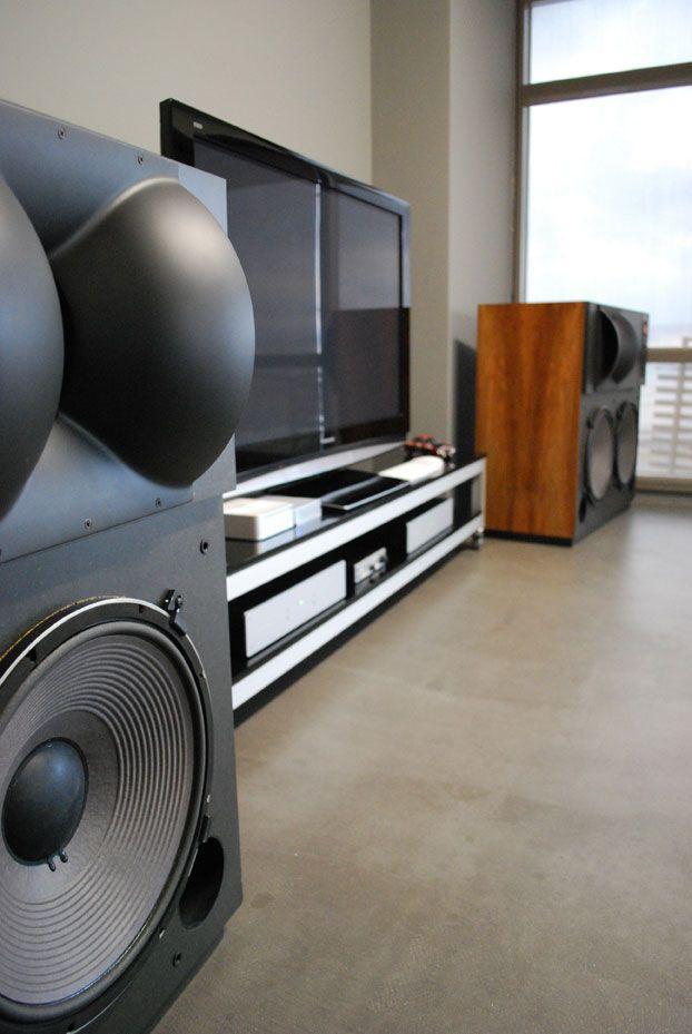 Pin By Brendan Savage On Audiofile In 2020 Audio Room Hifi