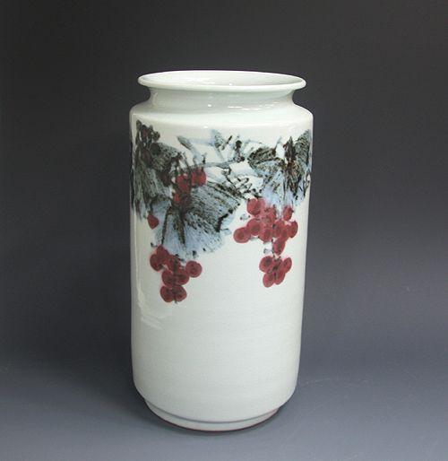 백자진사 포도문병 白磁辰砂 葡萄紋甁 (white Jinsa porcelain - Grape)