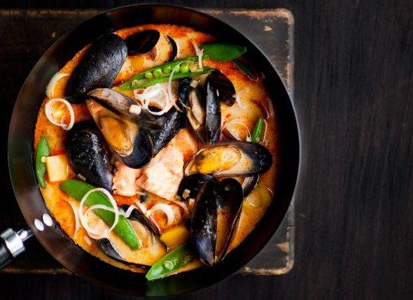Salmon and mussel soup - Lohi-simpukkalaksa, resepti – Ruoka.fi