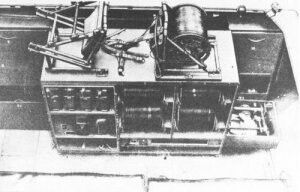 Sdkfz 251/11. The shelfs holds extra wire and telephone FF33's.