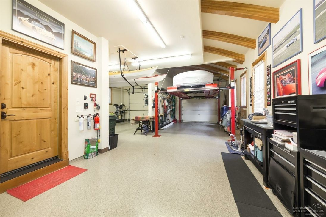 Lots Of Room For Outdoor Toys In This 3 Car Tandem Garage With