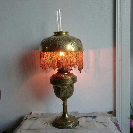 Oil lamp glow is so pretty.