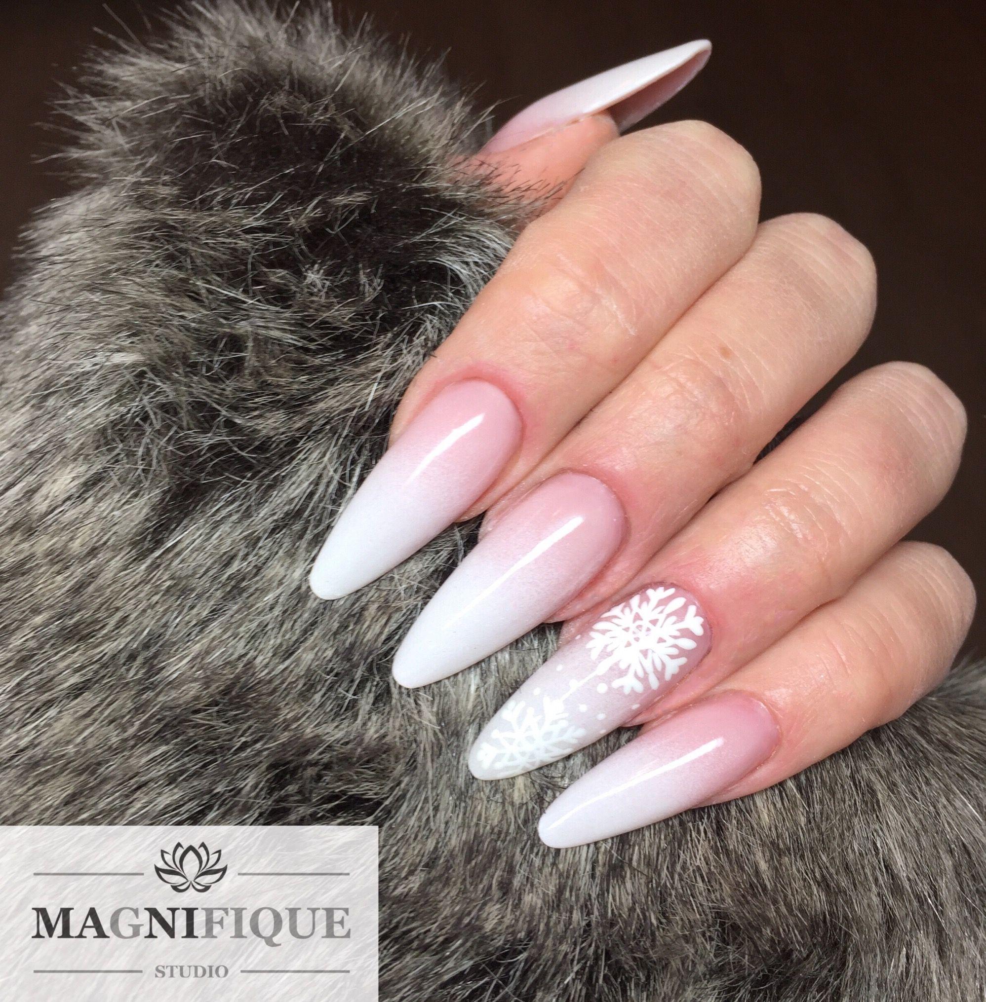 Babyboomer nails Winter Xmas nails   Nail Design   Pinterest