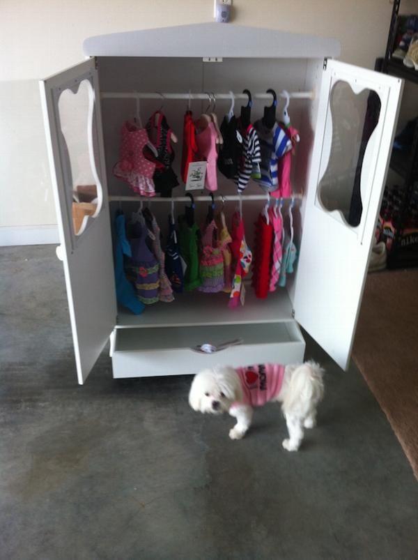 Merveilleux Bonu0027 Armoire Dog Closet   BaxterBoo