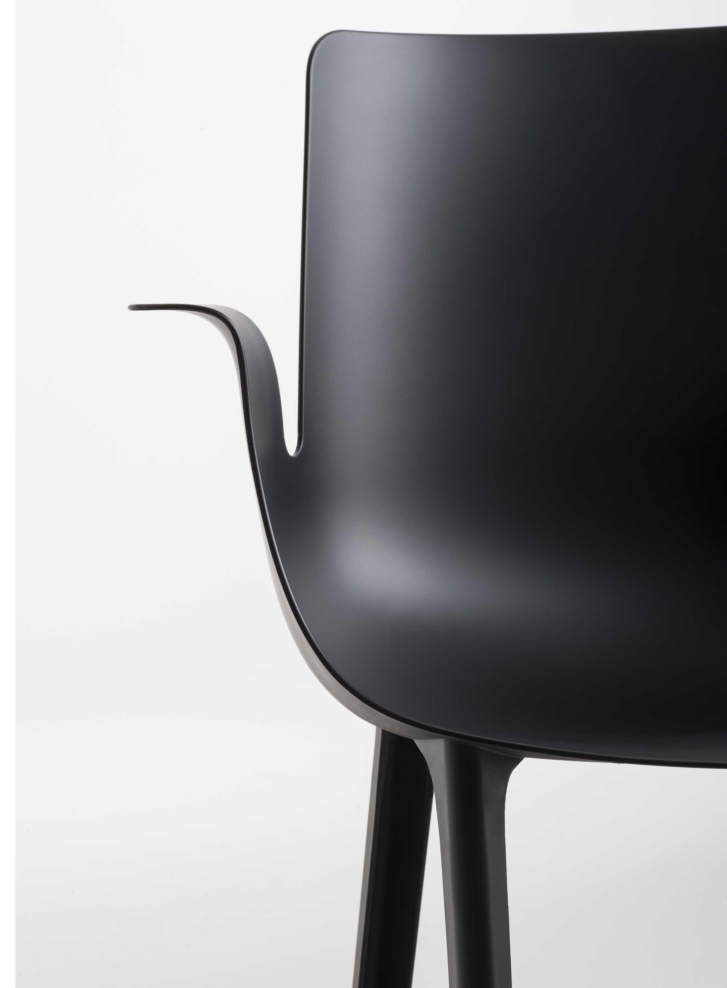 Piuma By Piero Lissoni For Kartell Furniture Design Chair Furniture Design Chair Design