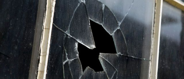 Best ways of Broken window repair in Gwinnett #glassrepair