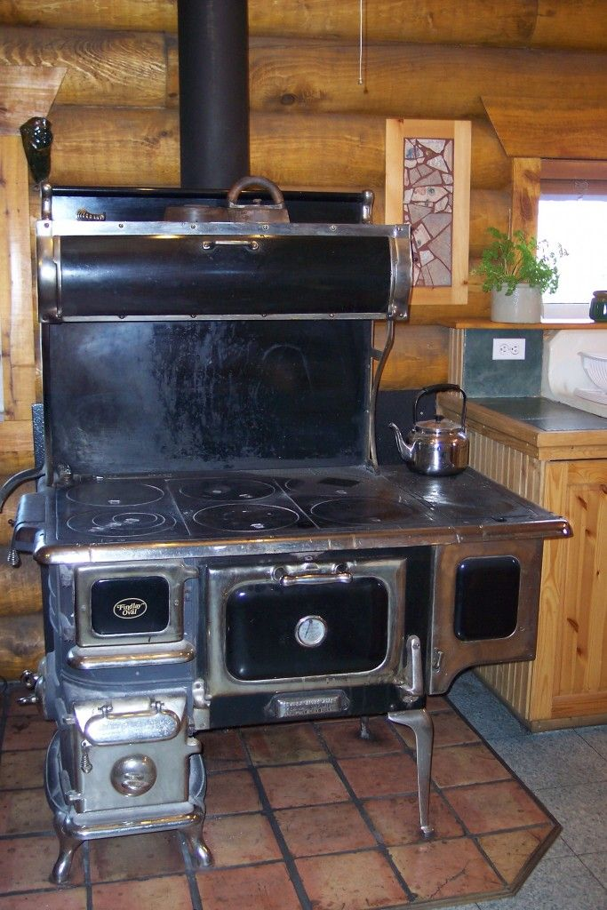 wood burning stoves kitchen - Google Search | Beaux poêles et ...