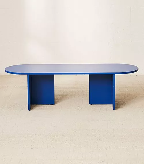 Spruce Up Your Living Room With One of These Stylish Coffee Tables