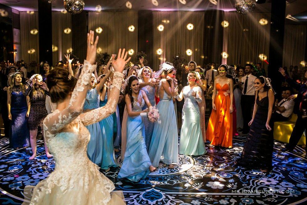 Fotografia Milena Reinert  Assessoria Flor de Lis Assessoria de Casamentos  Noivos Carla e Uiliam 💕