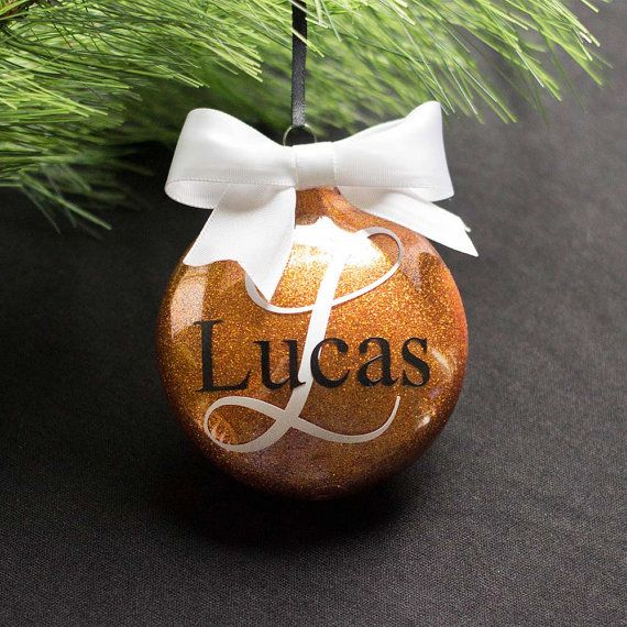Personalized Christmas ornaments are such a fun holiday tradition