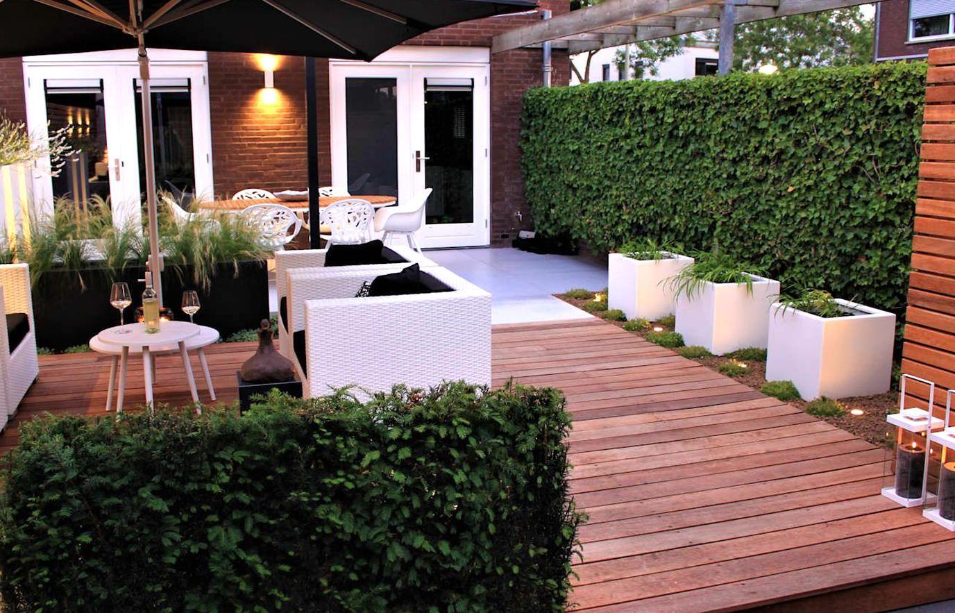 Ibiza tuin moderne Tuin door Hoveniersbedrijf Guy Wolfs in ...