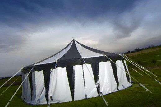 die besten 25 zelt mieten ideen auf pinterest camping zelt mieten wohnwagen mieten und. Black Bedroom Furniture Sets. Home Design Ideas