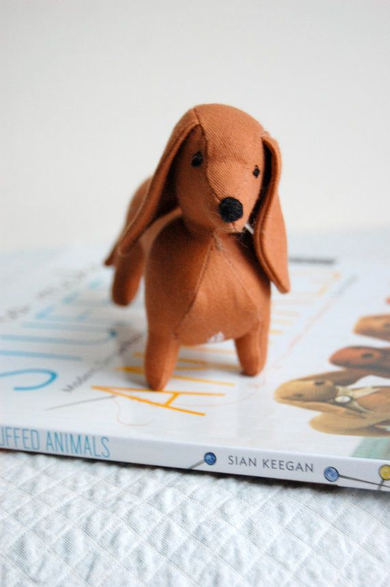 Stuffed Ollie: Sian Keegan's handmade Ollie (her dachshund) - so cute! She does custom stuffed portrait of your dog, too.