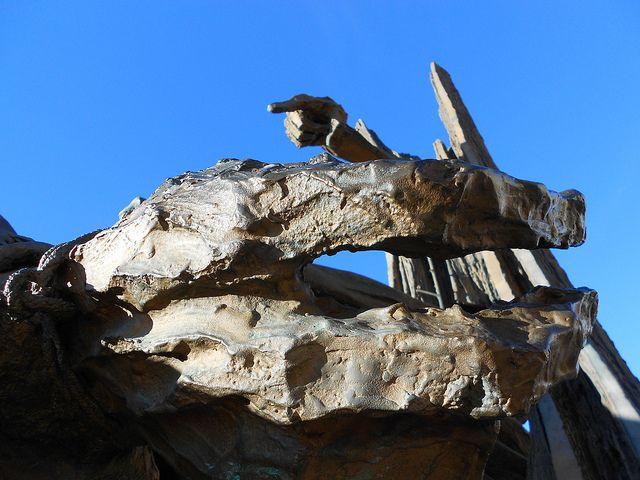 Grossa mano - piccola mano, monumento a Giacomo Matteotti, Augusto Murer, Rovigo by Pivari.com, via Flickr