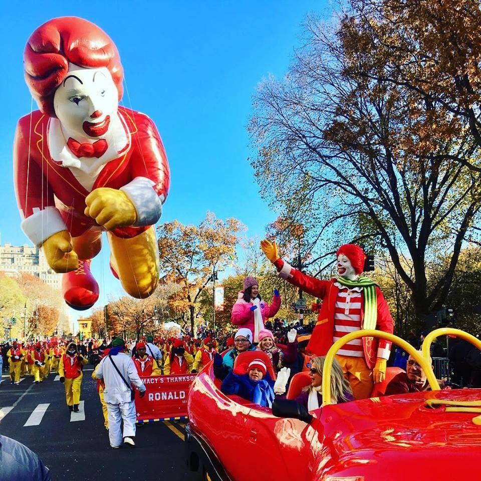 Ronald Mcdonald In The Macy S Thanksgiving Day Parade Big Red Shoe Car Parade Ball Macy S Thanksgiving Day Parade Thanksgiving Day Parade Thanksgiving Parade