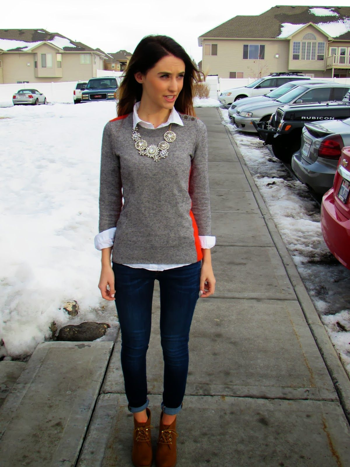 Dressy fall/winter outfit using your basic clothing items. Just add a  statement necklace. Women Business CasualBusiness